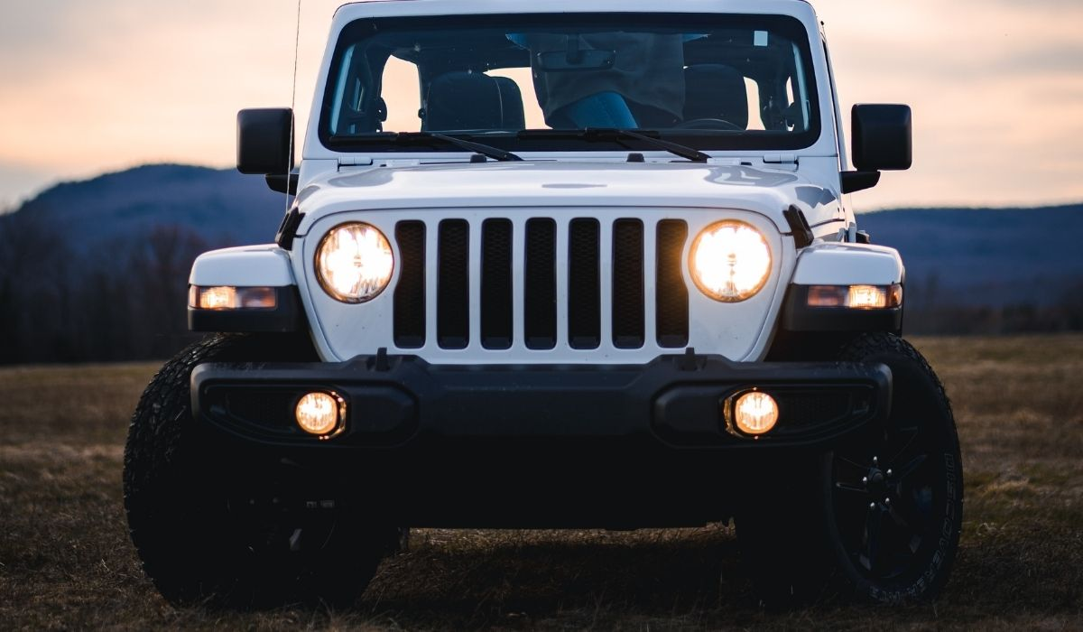 Read more about the article Best Plug and Play LED Fog Lights For Jeep Wrangler