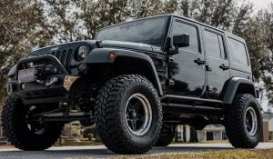 Read more about the article Ironman all country Tire for Jeep Wrangler | MT, AT, & CHT Tires for Jeep wrangler