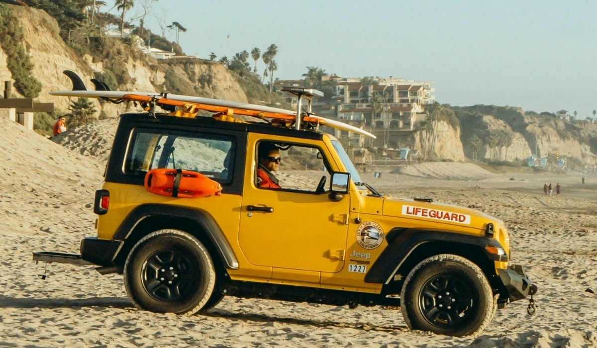 You are currently viewing Towing Boat With Jeep Wrangler | 13 Type of boats you can tow with jeep wrangler