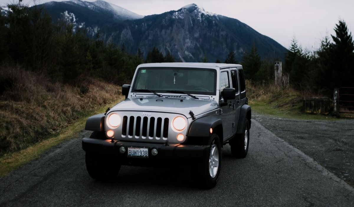 You are currently viewing What is the maximum weight Capacity of Hard Roof Top on Jeep Wrangler?