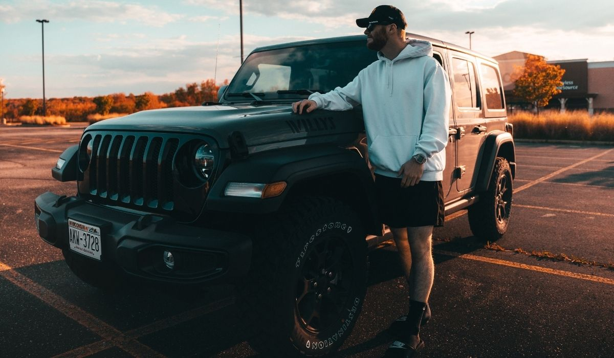 Read more about the article E-Rated tires on jeep wrangler why you should consider it| Pros and Cons