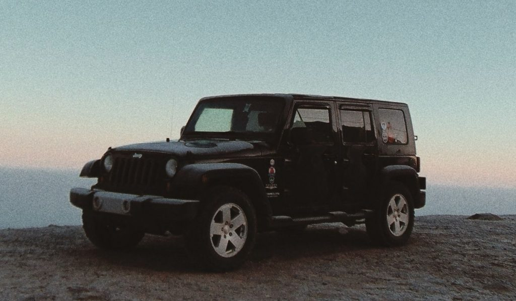 How to jump-start a jeep wrangler?